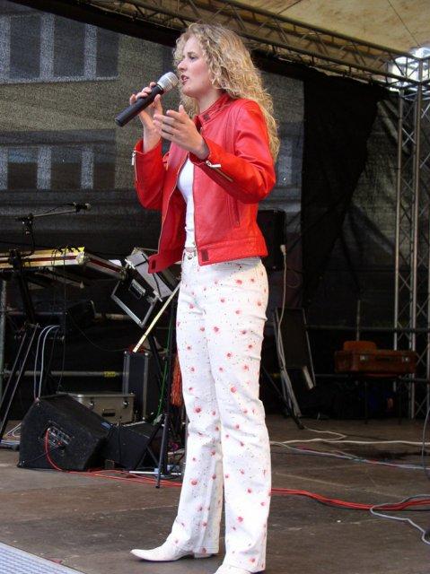 Mandy Bach 16 - 2006