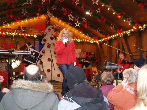 Mandy Bach Chemnitzer Weihnachtsmarkt  06 - 2010